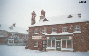 Highworth in the snow photograph 1264