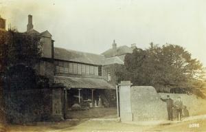 Highworth Postcard 395