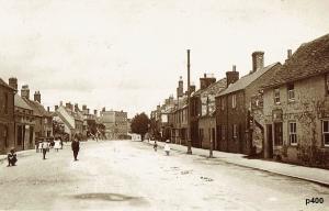 Highworth Postcard 400