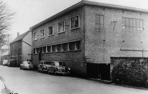 Mat Factory Photograph 0149