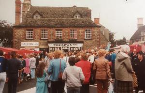 Shops Photograph 1800